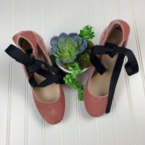 Nasty Gal Shoes - 🌵Nasty Gal Valley Of The Dolls Pink Velvet Heel 9